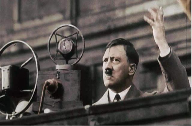 二戰希特勒死后,有多少人自愿陪葬?
