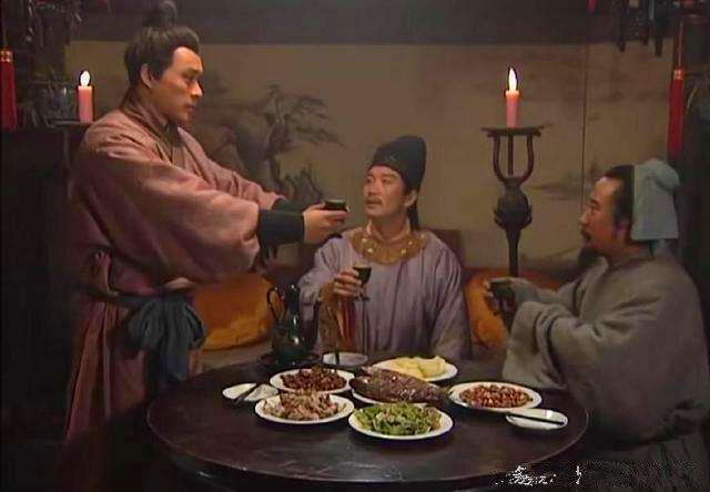 為什么說林徽因是名媛陸小曼只是交際明星?陸小曼的爹不行