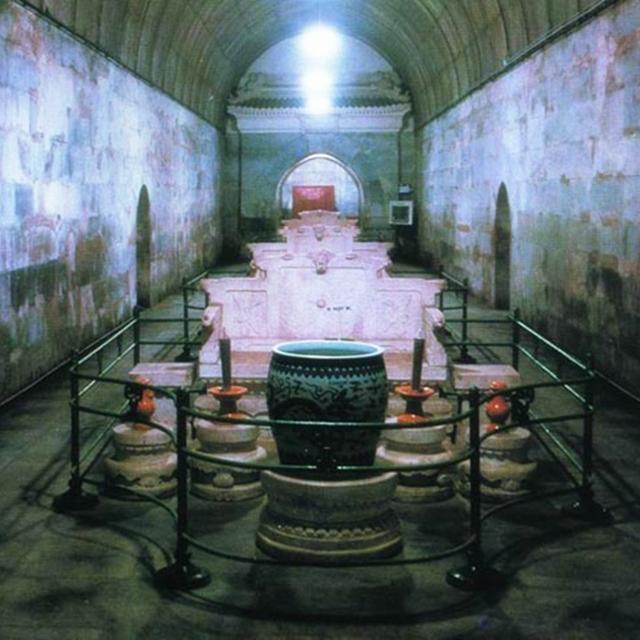 萬歷皇帝尸骨被檢測后,考古人員終于給出了他三十年不上朝的原因