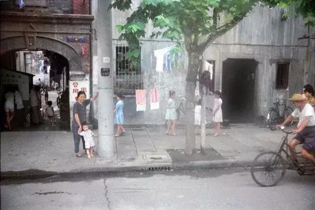 一組80年代老照片,仿佛看到了那個年代特有的精氣神