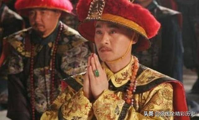 乾隆退位不讓權,嘉慶當傀儡皇帝期間,有沒有不滿的表現