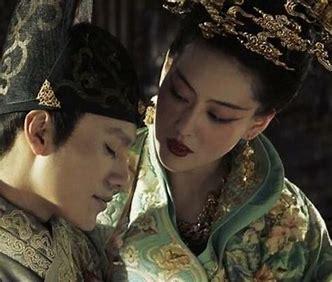 政治平庸的成化皇帝戀母情節嚴重
