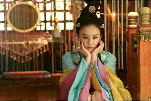 乾隆皇帝最寵愛的十公主,她前半生受盡寵愛,你可知她晚年如何?