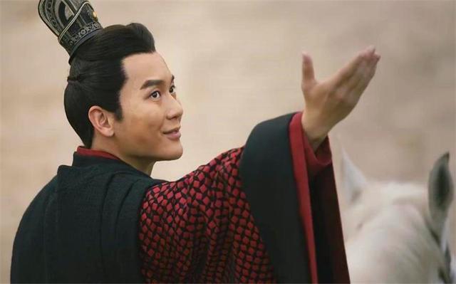 他是亡國之君的后人,舉家逃亡日本,如今成顯赫家族,回中國尋親