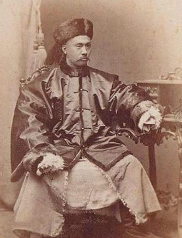 袁世凱的科舉情結;淮軍將領吳長慶;壬午軍亂…